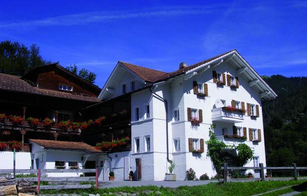 hotel-pragg-jenaz_big_1