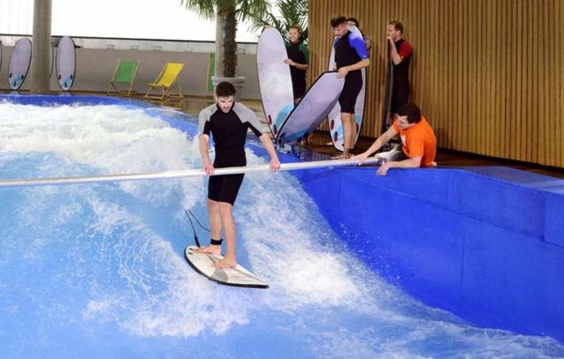 bodyflying-indoor-surfen-muenchen-training