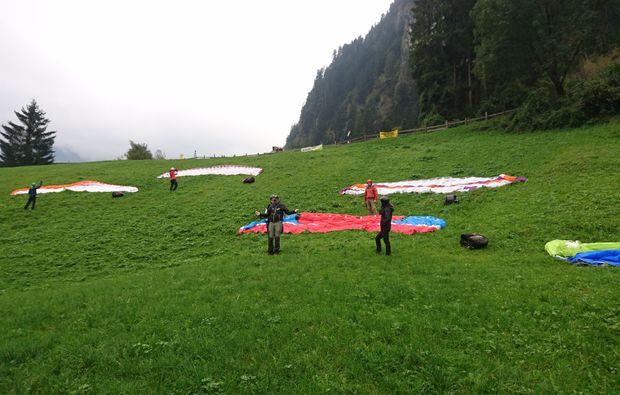 gleitschirm-kurs-mayrhofen-schirme