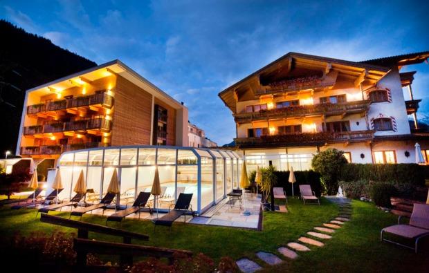 wellnesshotel-mayrhofen-gutshof