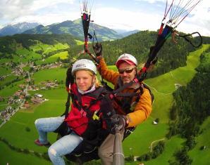 gleitschirm-tandemflug-wildschoenau