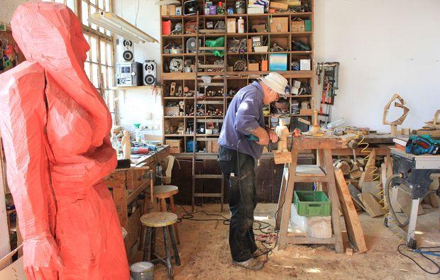 bildhauer-workshop-denklingen-handwerk