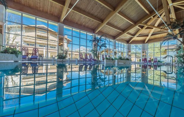 thermen-spa-hotels-reith-bei-kitzbuehel-schwimmbad