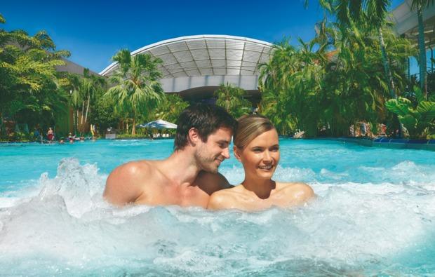 romantikwochenende-erding-outdoorpool