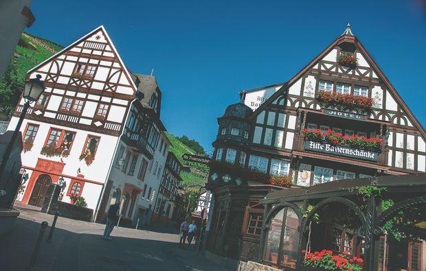 weinreise-ruedesheim-assmannshausen-kurzurlaub