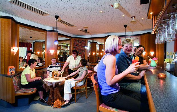 kurzurlaub-waldmuenchen-bar