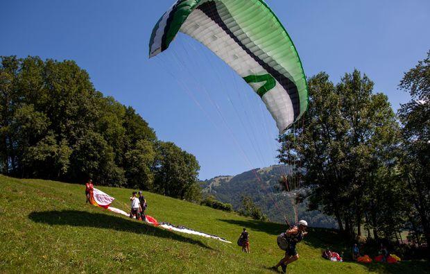 gleitschirm-kurs-mollis-schweizer-alpen-fliegen
