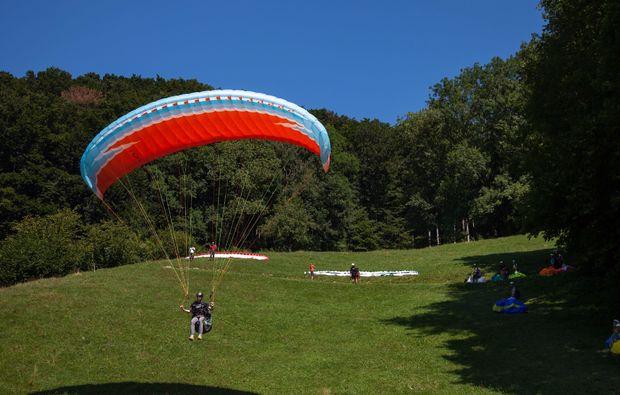 gleitschirm-kurs-mollis-schweizer-alpen