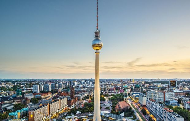 erlebnisreise-hauptstadt-berlin-sonnenuntergang