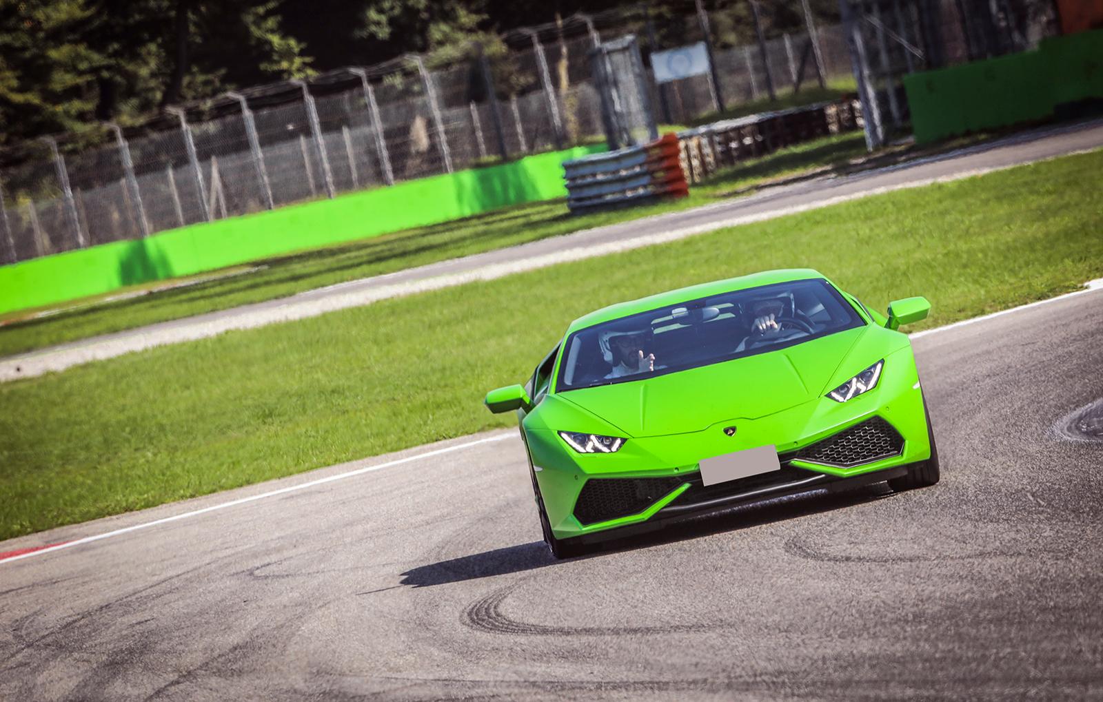sportwagen-fahren-monza-bg3