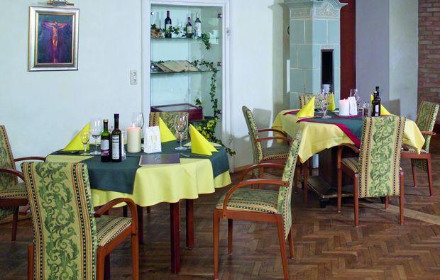 candle-light-dinner-fuer-zwei-braunau-romantisch
