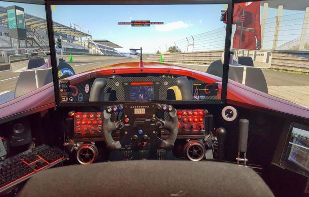 full-motion-rennsimulator-120-minuten-wien-bg4