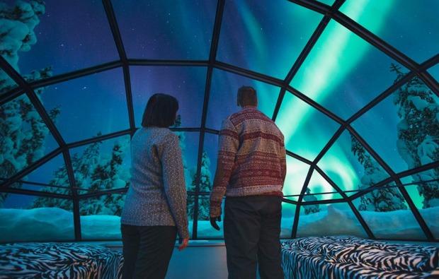 uebernachtung-im-iglu-saariselkae-polarlicht