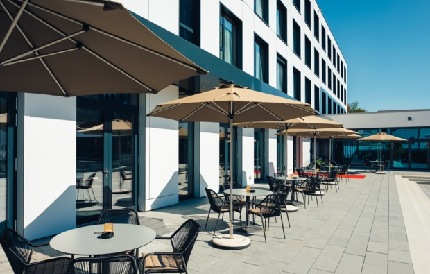 kurztrip-oberkochen-terrasse