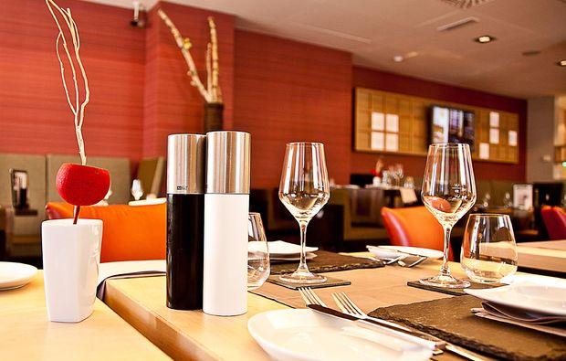 kerzenschein-romantisches-dinner-fuer-zwei-wien