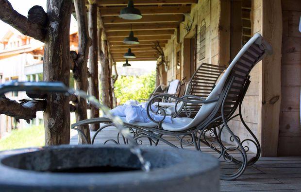 romantikwochenende-zweisimmen-terrasse