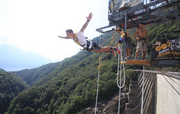 bungee-jumping-gordola-bg1