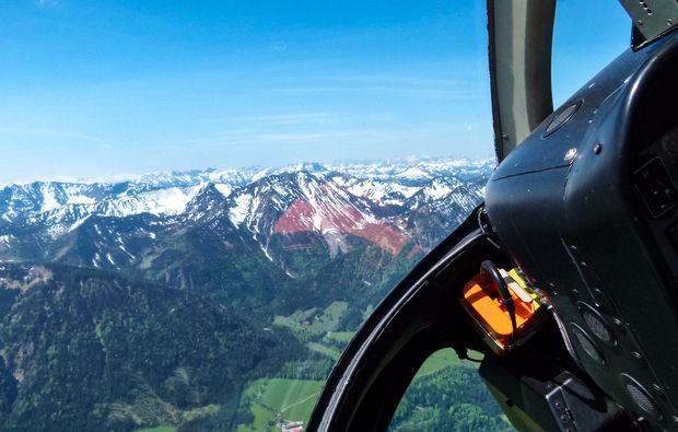 hubschrauber-selber-fliegen-kempten-durach-berge