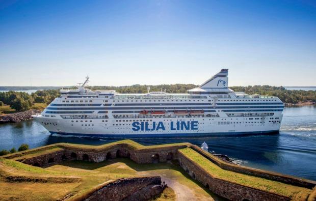 mini-kreuzfahrt-deluxe-helsinki-stockholm-schifffahrt