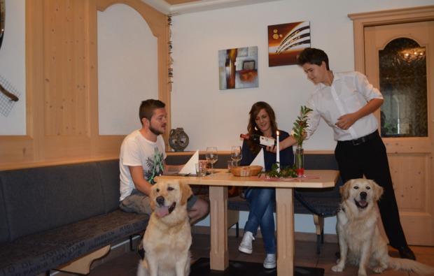 urlaub-mit-hund-steinhaus-im-ahrntal-paar
