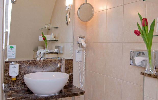 kurzurlaub-wiesbaden-waschbecken