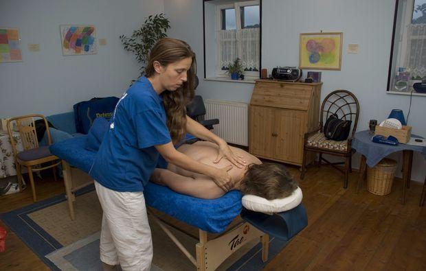 ganzkoerpermassage-loipersdorf-bei-fuerstenfeld-massage