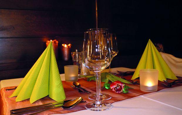 candle-light-dinner-fuer-zwei-weitensfeld-romantik