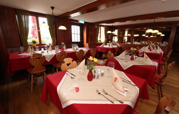 romantikwochenende-bernau-im-schwarzwald-restaurant