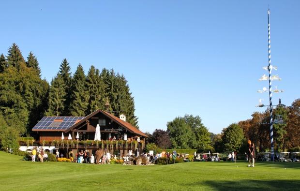 golf-spielen-tutzing-golfplatzhuette