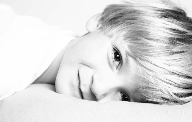 kinder-fotoshooting-wien-voesendorf-bub
