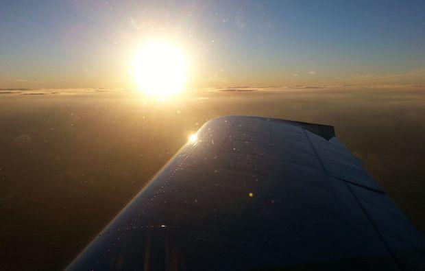 flugzeug-rundflug-sonnenuntergang-flug-erlebnis