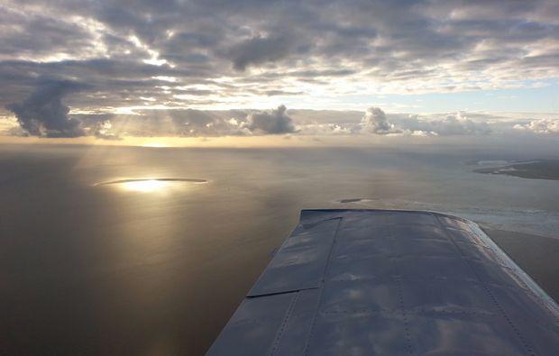 flugzeug-rundflug-sonnenuntergang-flug-sonne