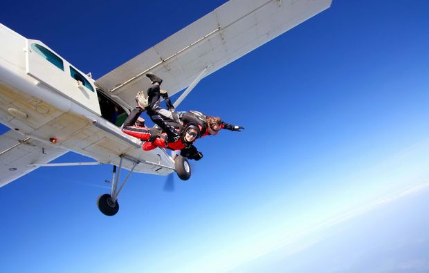 fallschirm-tandemsprung-kehl-sprung