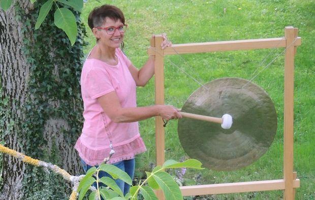 klangschalenmassage-hargelsberg-alternativ