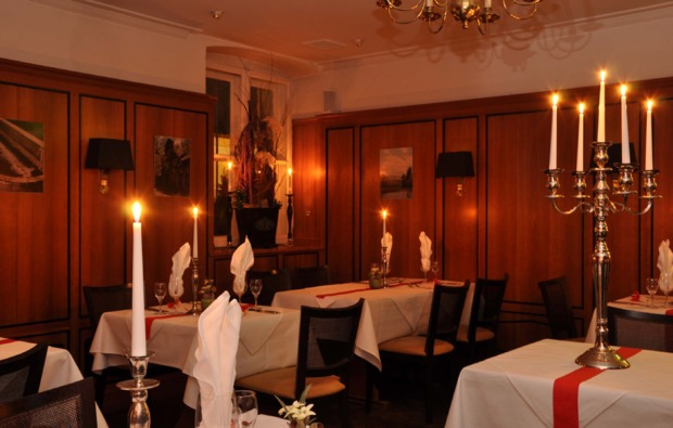 candle-light-dinner-deluxe-muenchen-romantisch