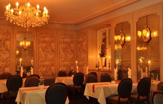 candle-light-dinner-fuer-zwei-muenchen-restaurant