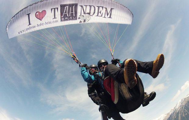 gleitschirm-tandemflug-meransen-extremsport