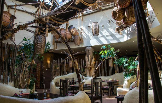 erlebnisreise-bruehl-phantasialand-restaurant