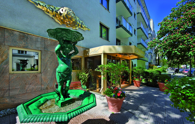 romantikwochenende-villa-kastania-berlin1517574171_big_2