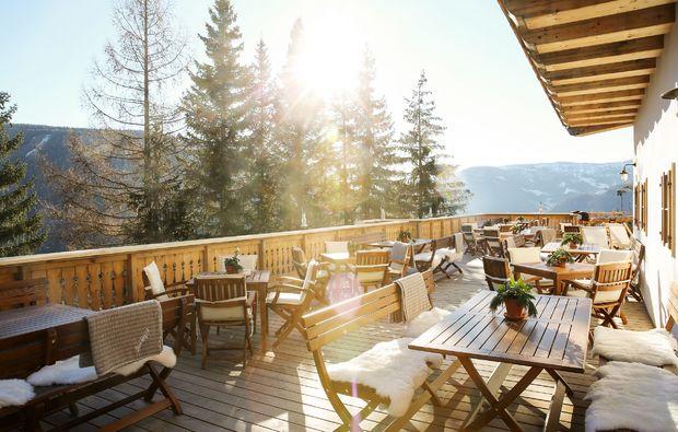 almhuette-patergassen-terrasse