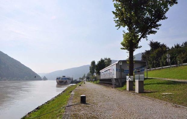 schiffskabine-uebernachtung-engelhartszell-donau