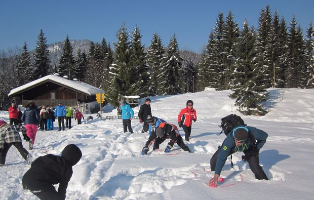 schneeschuh-wanderung-reit-im-winkl-spielen