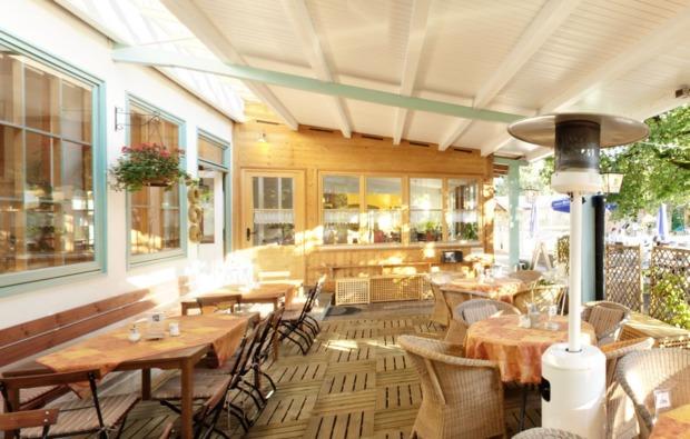 candle-light-dinner-lenggries-veranda