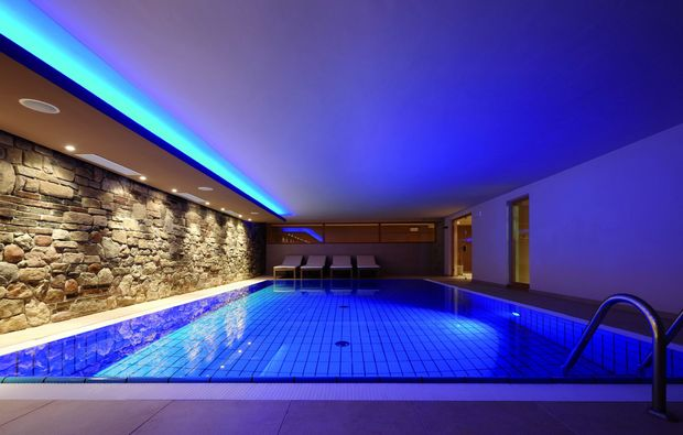 wellnesshotels-welsberg-swimming-pool