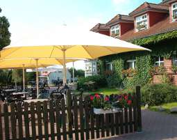 8-zauberhafte-unterkunft-hotel-an-der-seepromenade-mirow