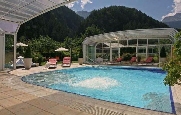 kuschelwochenende-mayrhofen-pool