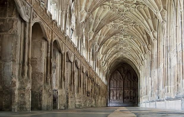 london-filmreise-erlebnisreise-corridor