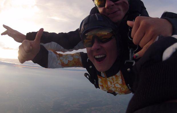 fallschirm-tandemsprung-arnbruck-free-fall