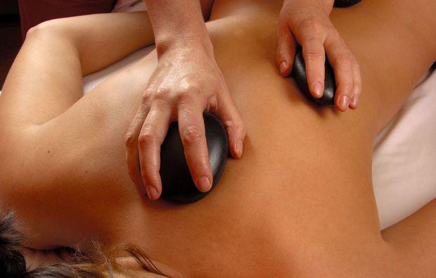 hot-stone-massage-linz-relax