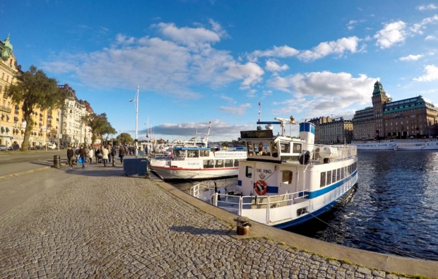 mini-kreuzfahrt-deluxe-stockholm-helsinki-hafen